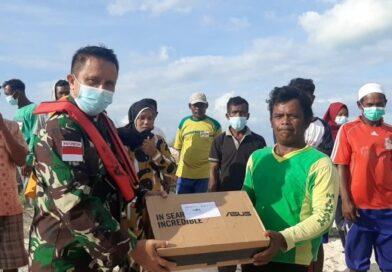 Danrem 161/Wira Sakti tinjau warga terdampak Bencana Siklon Tropis Seroja di Pulau Kera
